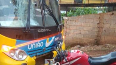 Photo of Colisão entre ônibus e moto no Santa Clara