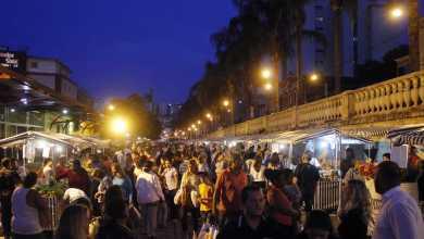Photo of Prefeitura e feirantes discutem mudança da Feira Noturna para proximidades da Praça Mário Del Giudice