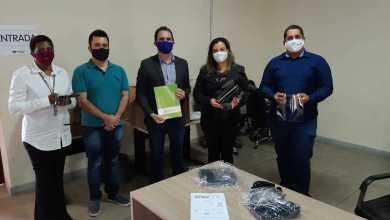Foto de Prefeitura recebe doação de protetores faciais