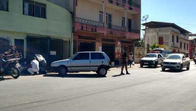 Photo of Motoboy fica ferido após colisão com carro na Av. Jacob Lopes de Castro