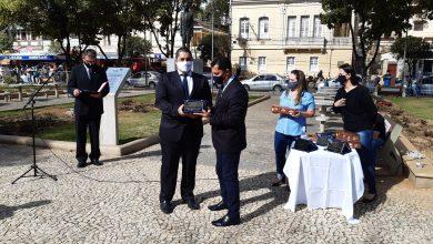 Photo of Comenda Arthur Bernardes homenageia profissionais de saúde de Viçosa