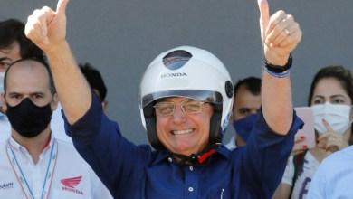 Foto de Bolsonaro sanciona lei que altera regras do Código de Trânsito