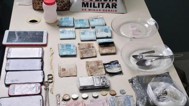 Foto de Homens são presos com drogas após denúncia de ameaça em Teixeiras