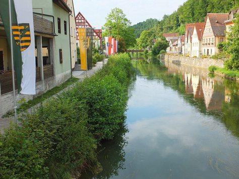 river_through_village