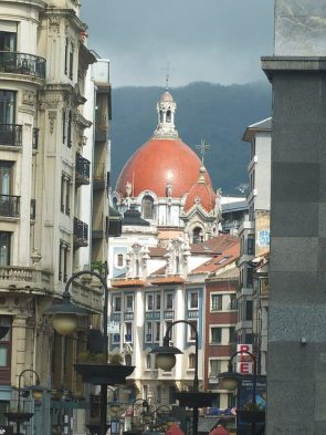 urban walking asturias spain