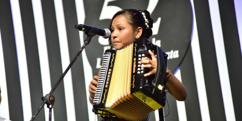 Reina Vallenata Menor Alexandra Gomez de la Ossa. Ganadores del Festival Vallenato
