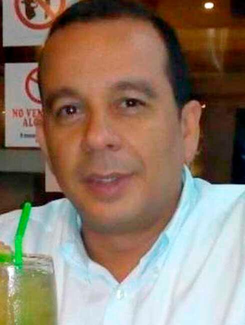 Ernesto Núñez Botellita
