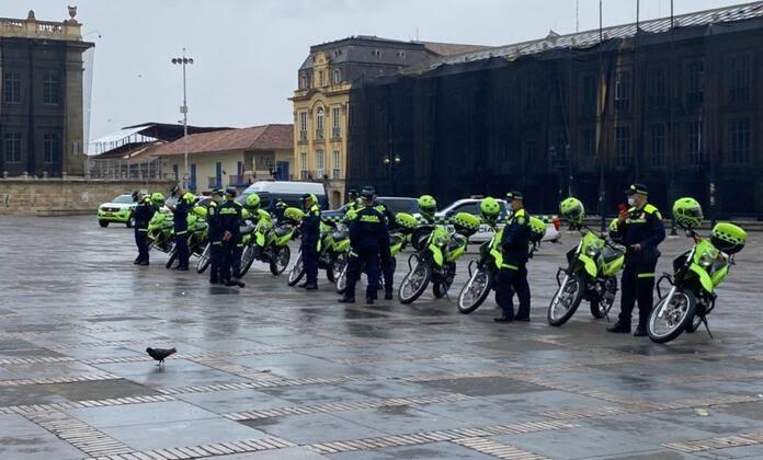 uniforme_policia_colombia_2021_2_0