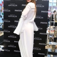 China Suarez de la mano de Natalia Antolin, nos presenta Pomeline acompañada por Pantene
