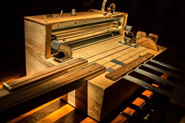 Apprehension engine, una maquina diseñada para generar los sonidos de las películas de terror