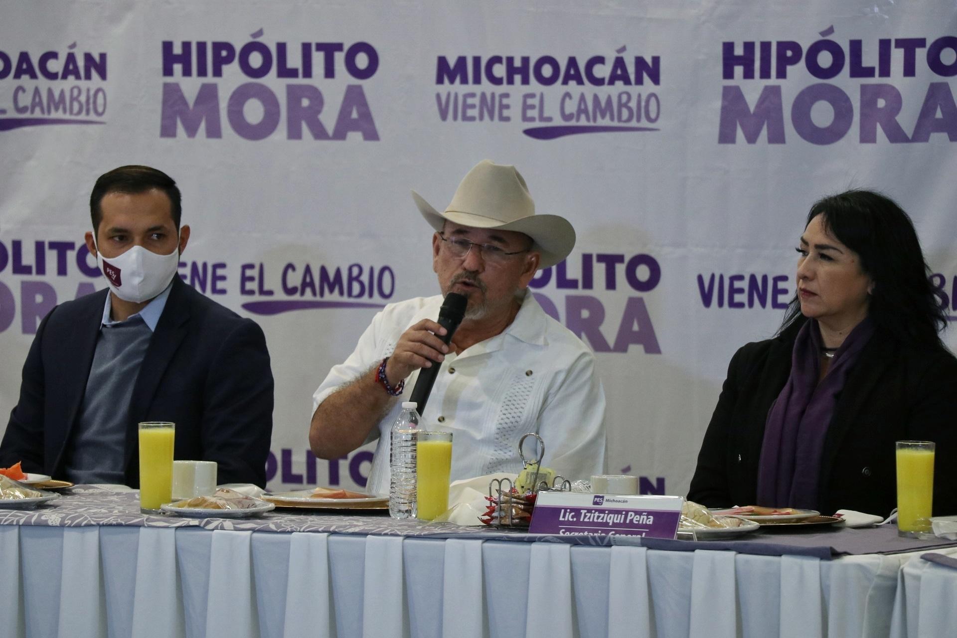 PES presenta a Hipólito Mora como candidato a la gubernatura ·
