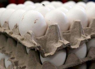 Huevo se mantiene hasta en $70 en mercados del país