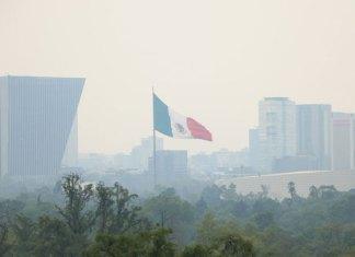 Contaminación deja sin clases a 5 millones