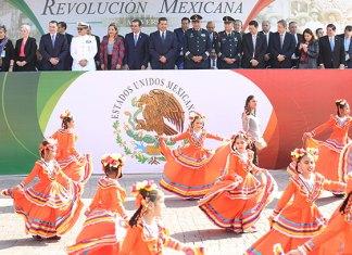 Preside Gobernador Desfile Conmemorativo de la Revolución Mexicana en Nuevo Laredo