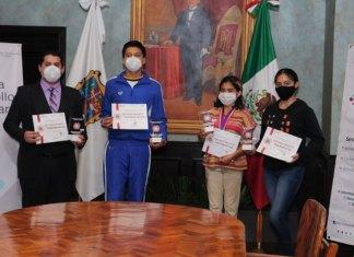 Gobierno Municipal reconoce a jóvenes destacados de Matamoros