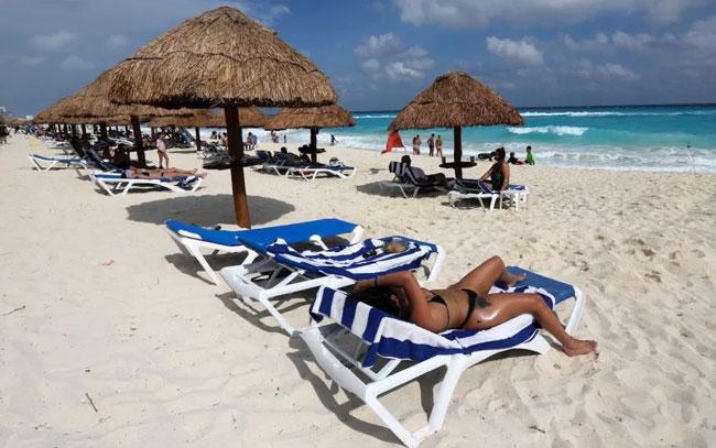 Vacaciones de Semana Santa podrían desatar ola de COVID-19 en México