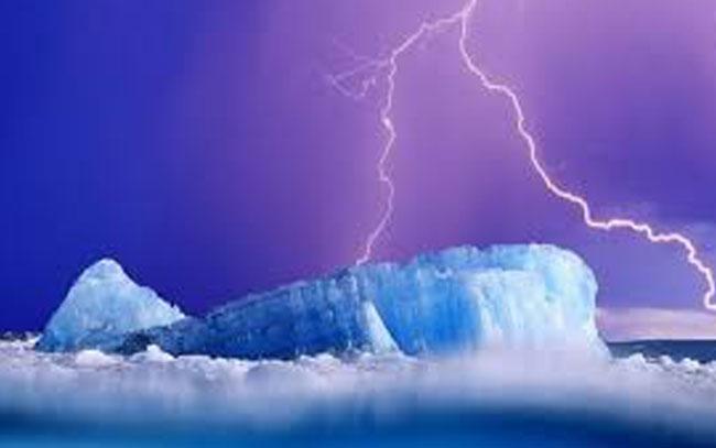 Calentamiento global duplicará rayos en el Ártico