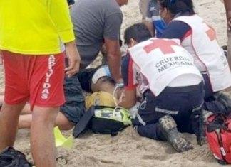 Entra al mar a salvar a una niña pero muere ahogado