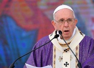 Papa Francisco expresó sentirse feliz por volver a estar entre los fieles