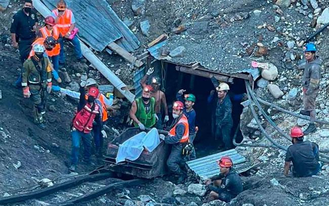 Mineros de Coahuila fallecieron asfixiados por sumersión