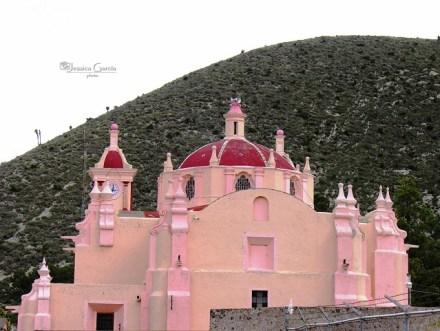 Los colores vistosos resaltan entre lo árido de la zona/ Foto: Jessica García