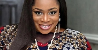 Watch Wonderful Father [LIVE] Video By Sinach