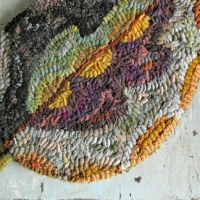 Free Little Leaf rug hooking pattern today