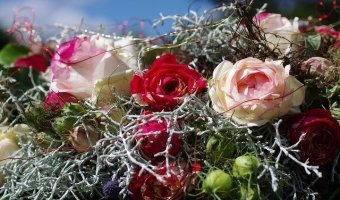 Decorating with Artificial Flowers & Other Creative Elements