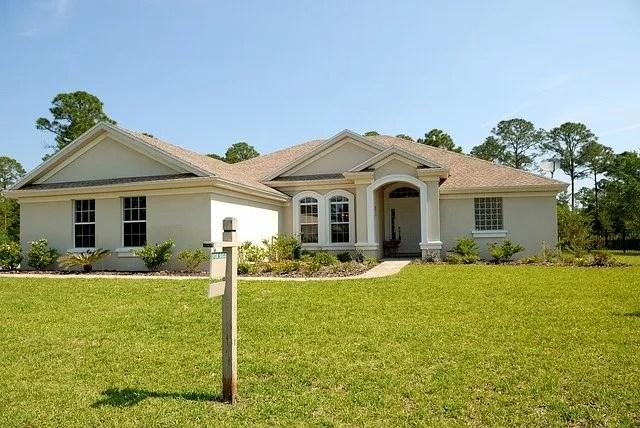 Do I Need a Realtor if I Want to Sell My House?