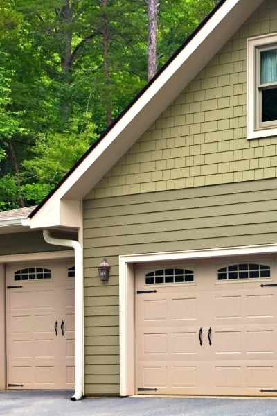 A Guide To Preventive Maintenance of Garage Doors