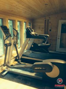 gym-equipment-setup
