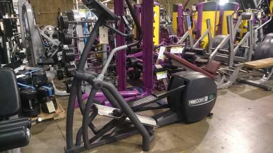Precor 556 V3 Elliptical 2