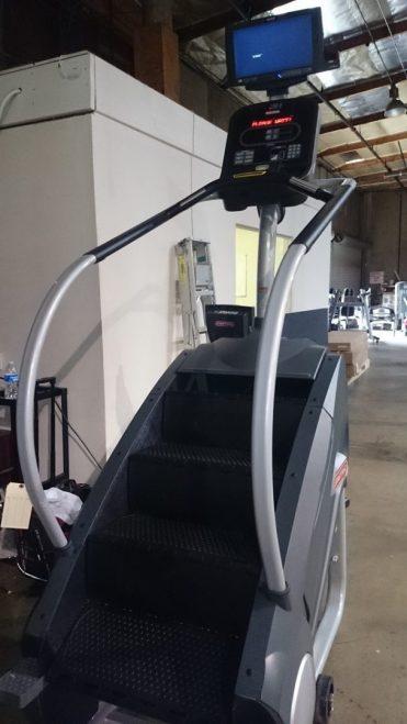 Star Trac E-SMi Stairmill 1