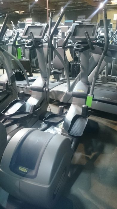 Technogym Synchro 700 Elliptical Crosstrainer 2