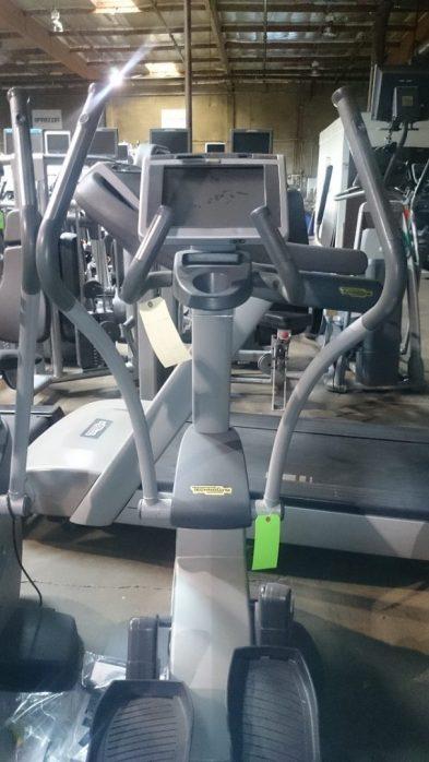 Technogym Synchro 700 Elliptical Crosstrainer 3