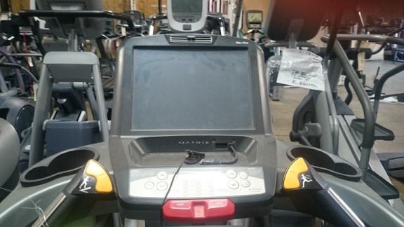 Matrix T7Xe Treadmill 3