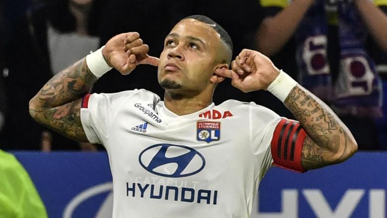 Motivul pentru care Memphis Depay nu își trece numele de familie pe tricou. Sursă foto: goal.com. Sursă foto: goal.com