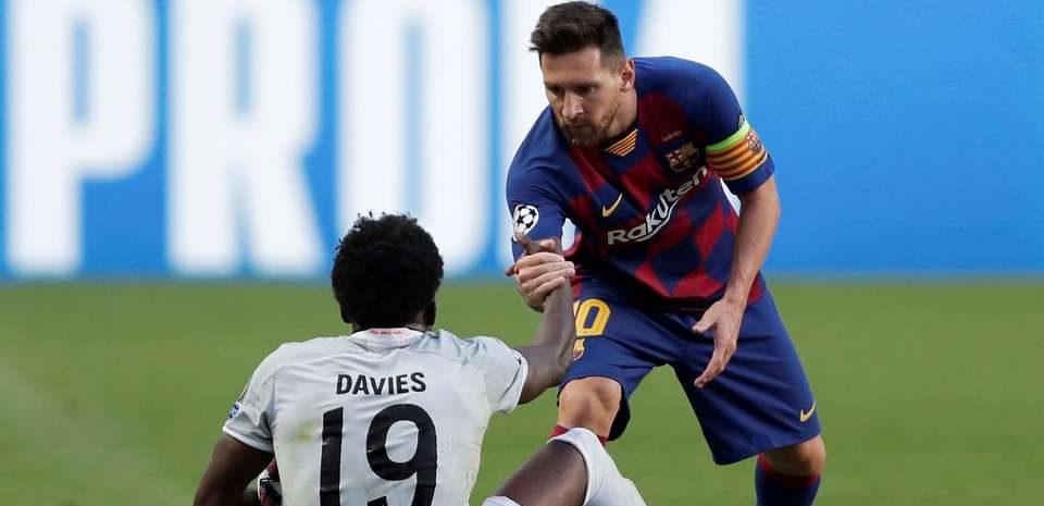 Motivul stupid pentru care Alphonso Davies a fost refuzat de Barcelona. Sursă foto: goal.com