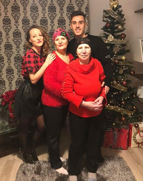 Familia lui Răzvan Oaidă. Sursă foto: toplineshop.ro
