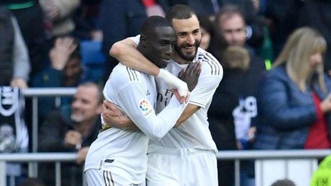 Benzema i-a spus lui Mendy să nu-i mai paseze lui Vinicius. Sursă foto: goal.com