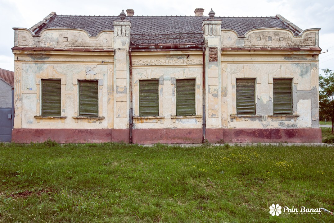 Old House in Gottlob. Copyright: Prin Banat 2014-2015. ALL RIGHTS RESERVED.