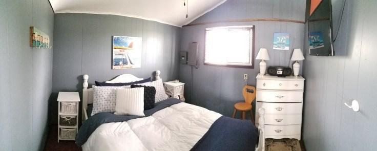The Sandbanks Beach Cottage - Bedroom 1