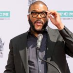COVID-19 GOOD DEEDS! Tyler Perry Gives A $500 Tip To 42 Unemployed Servers in Atlanta