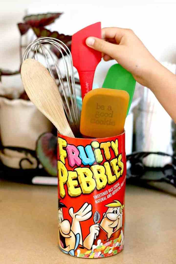 DIY fruity pebbles utensil holder