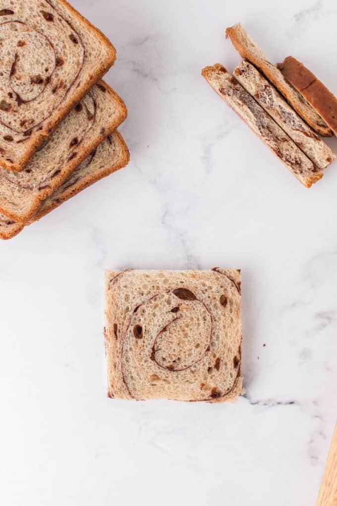 Cinnamon strudel bread with a crust