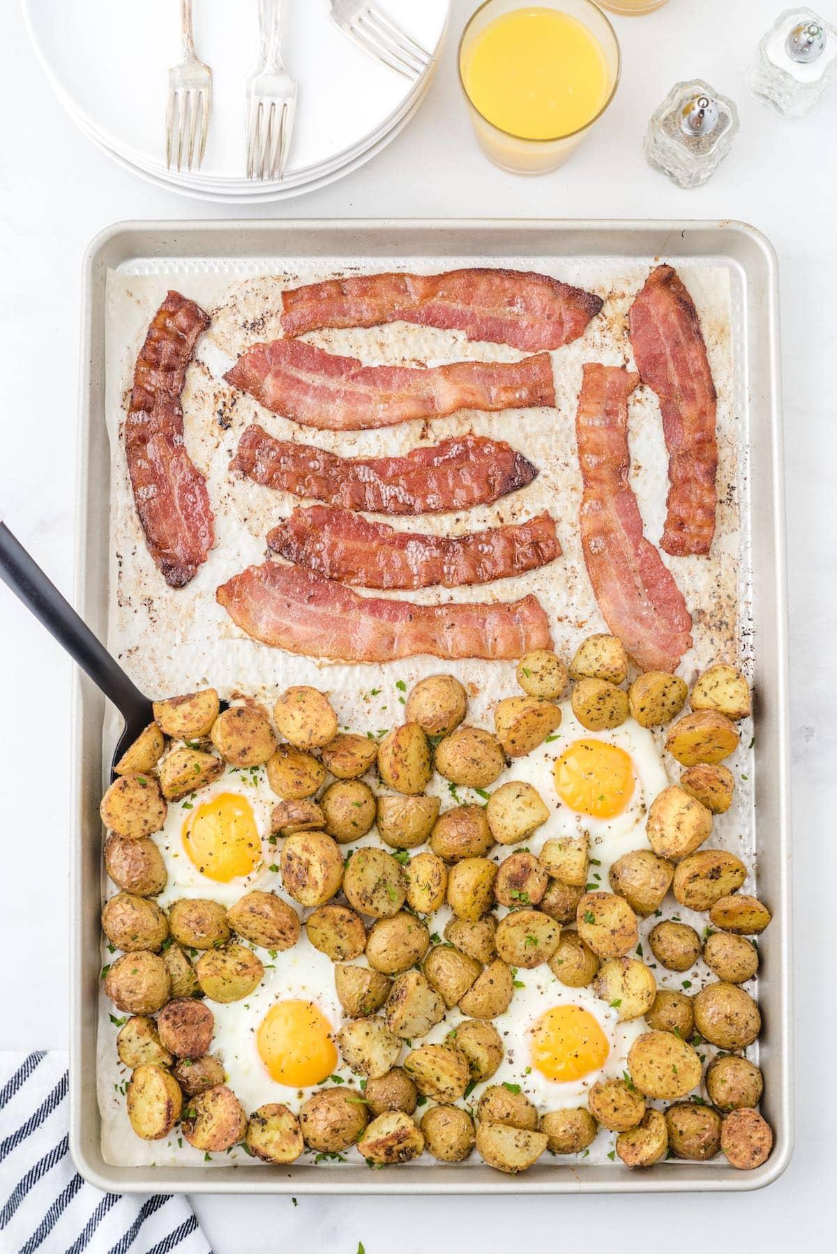Tin pan breakfast hero image