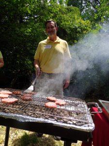 Tim Ewer at grill; IMGP1140