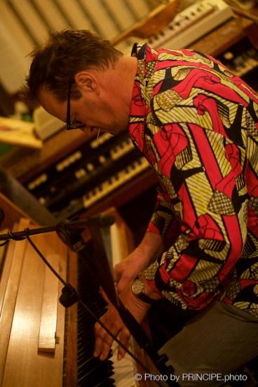 Reverend Beat-Man @ Shirts Off Studios Bern Feat. Resli Burri, Mario Batkovic, Mago Flück, Julian Sartorius & Sebi © 19.10.2017 Patrick Principe