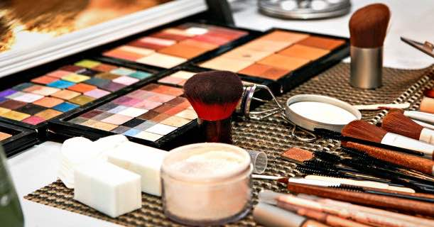 Beauty Cosmetic Makeup Products Image