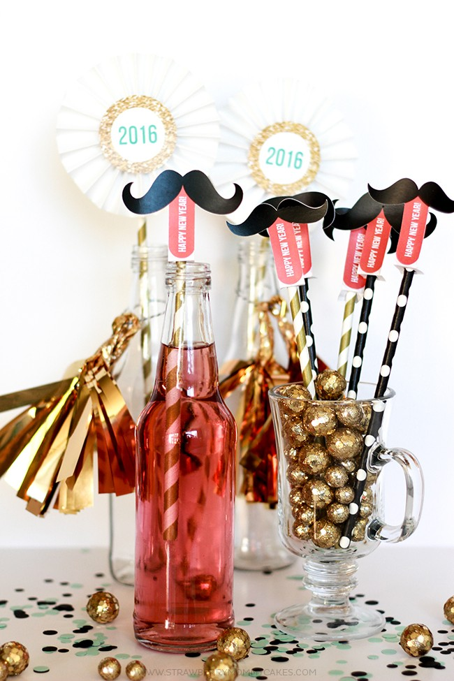How to make a New Years Mustache Straw Printable-5